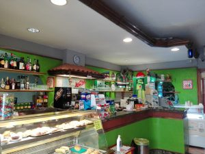 Bar pizzeria in vendita a Pistoia