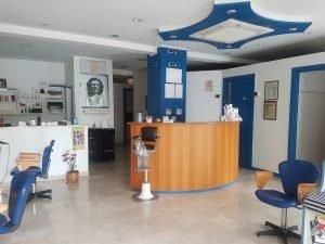 Vendei proprietà più attività commerciale parrucchiere, Firenze