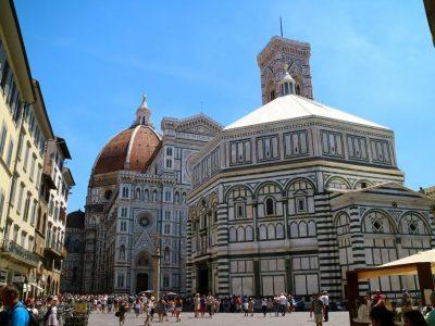 Vendesi, licenza ristorante pizzeria, Firenze piazza Duomo