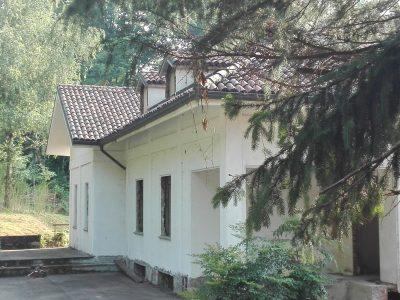 Villa da ristrutturare, collina di Superga, Torino
