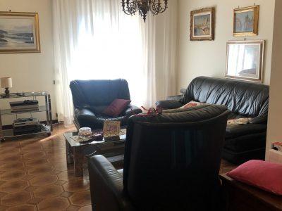 Vendo appartamento zona tranquilla, Prato