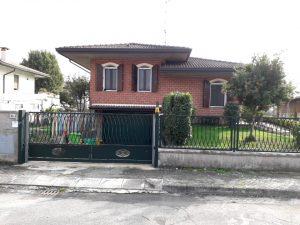Villetta con ampi spazi, Villadose, Rovigo