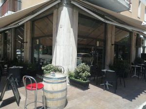 Vendesi Bar ottima zona commerciale, Verona
