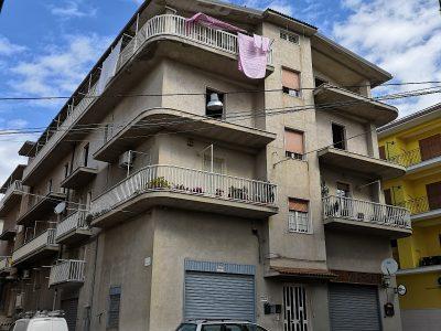 Appartamento nuovo con mansarda e garage ( 120mq + 65mq + 82 mq), Cagnano Varano, Foggia