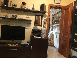 Appartamento trilocale luminoso, Pomezia, Roma