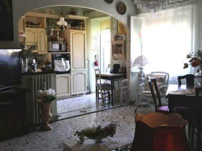 Appartamento centrale di 92 mq, anche nuda proprietà, Piombino, Livorno