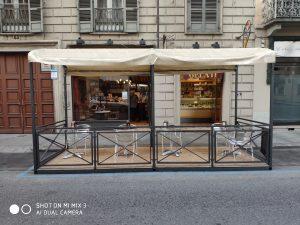 Bar gelateria, situata in Torino centro