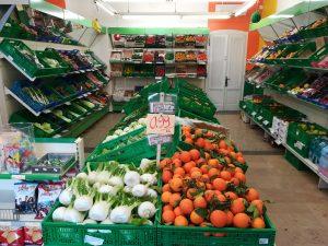 Supermercato con ampio parcheggio in vendita a Gazoldo degli Ippoliti, Mantova