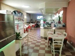 Vendesi ristorante pizzeria, ampia superficie, Caprino Veronese, Verona