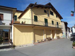 Vendita intero stabile, Roccavignale, Savona