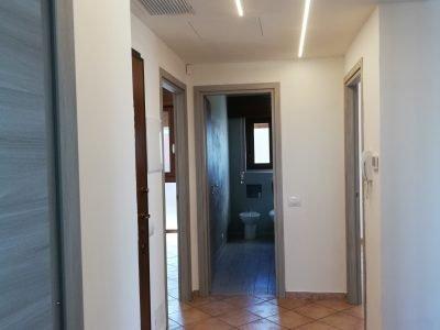 Appartamento luminoso ristrutturato a nuovo, Cerro Maggiore, Milano