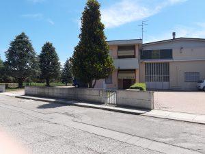 Capannone artigianale più abitazione, Finale Emilia, Modena