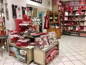 Negozio di corredo e tessile per casa, Caltanissetta