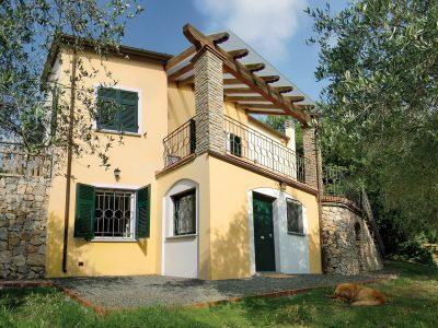 Villa tra Liguria e Toscana, Arcola, La Spezia