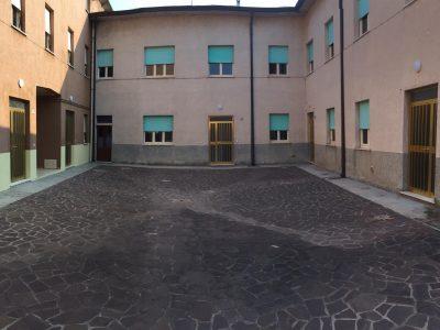 Complesso di 5 appartamenti, Curtatone, Mantova