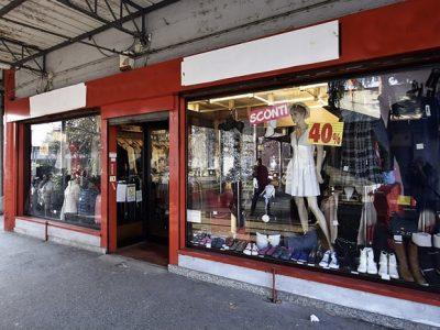 Negozio di 147 mq con 5 vetrine, Torino