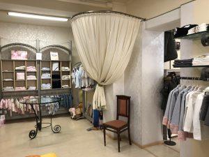 Negozio di abbigliamento in Centro città, Abbiategrasso, Milano