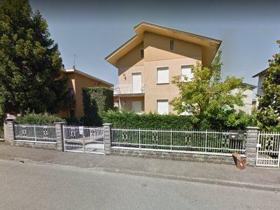 Appartamento in villa indipendente, in zona signorile a Piacenza