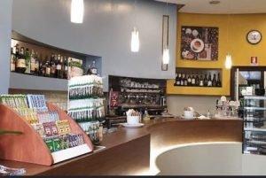 Vendo grazioso bar con cucina, Imola, Bologna