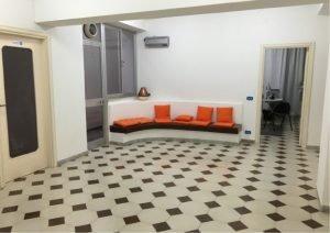 Locale commerciale 257 mq, Bari