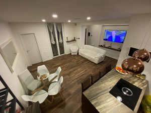 Tre Appartamenti in Uno ottimo investimento airbnb, Parma