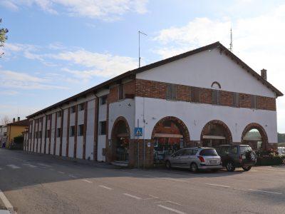 Capannone commerciale con due appartamenti, Cavallino-Treporti, Venezia