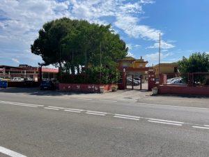 Locali commerciali e appartamenti, Lecce