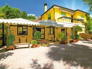 Albergo con 7 camere e ristorante, Cavallino-Treporti, Venezia