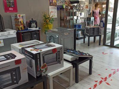 Attività commerciale, computer, elettronica di consumo audio e video, Tuscania, Viterbo