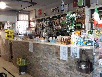 Bar in centro paese, Pieve d'Olmi, Cremona