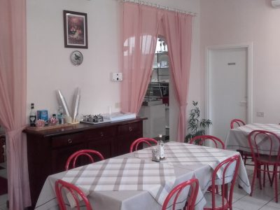 Storica rosticceria tavola calda a Chiusi, Siena