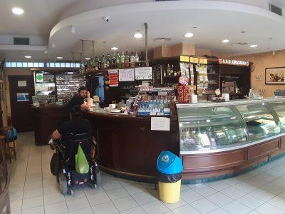 Bar tabacchi a Firenze, 110 mq con posto auto