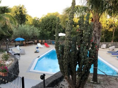 Villa singola con terreno in vendita a Belpasso, Catania